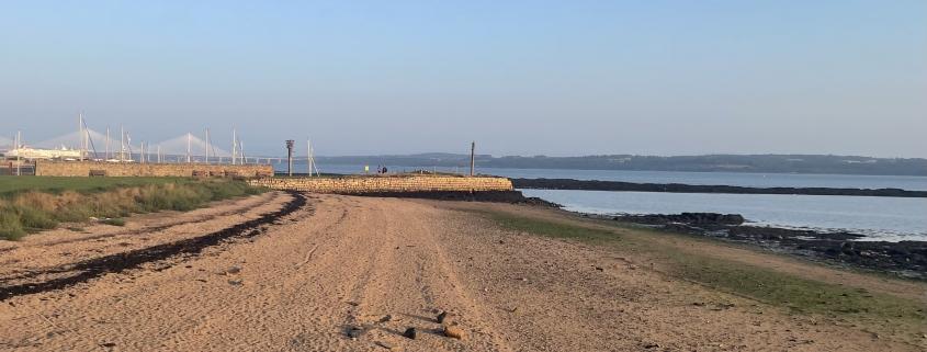 Image of Limekilns beach and pier.